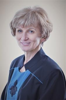Erika Pinter